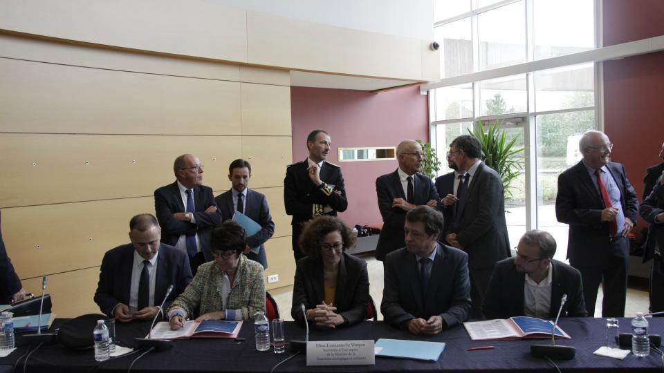 CHN oct 2019 signature du PDT